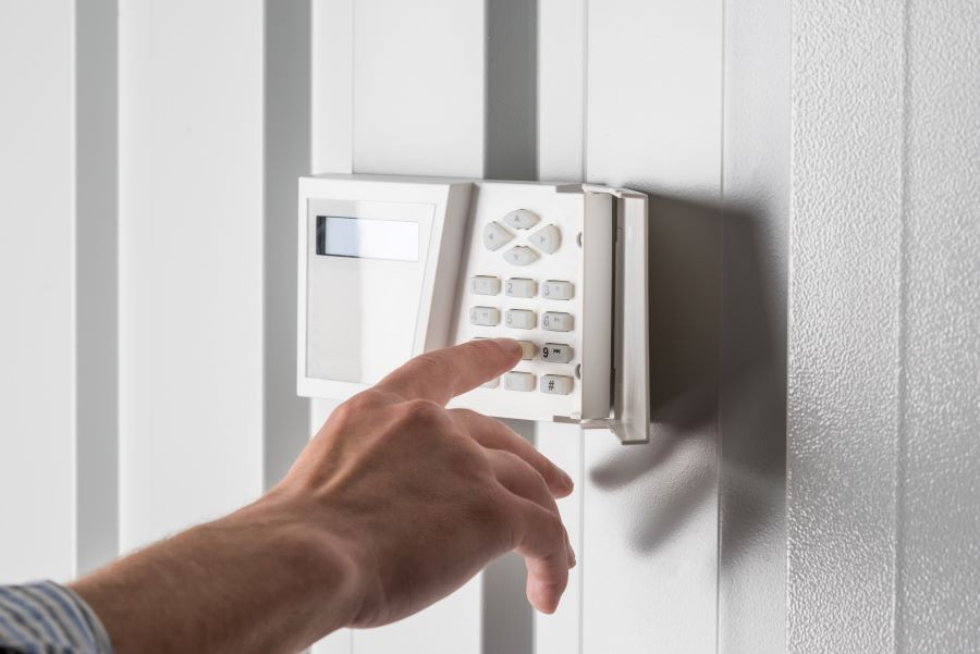 3-essential-features-to-look-for-in-a-new-home-alarm-system